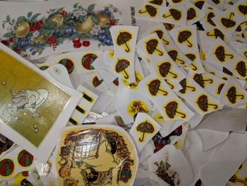 Porzellanreisen-Thun-Dekorkleber