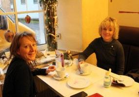 Cafe-Hatzel-1024x683-min