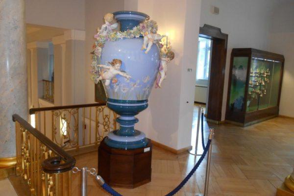 Porzellanreisen Meissen Museum riesige Vase