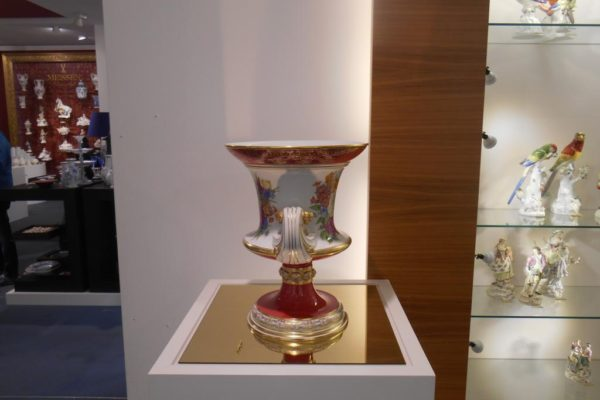 Porzellanreisen Meissen Museum schöne Vase